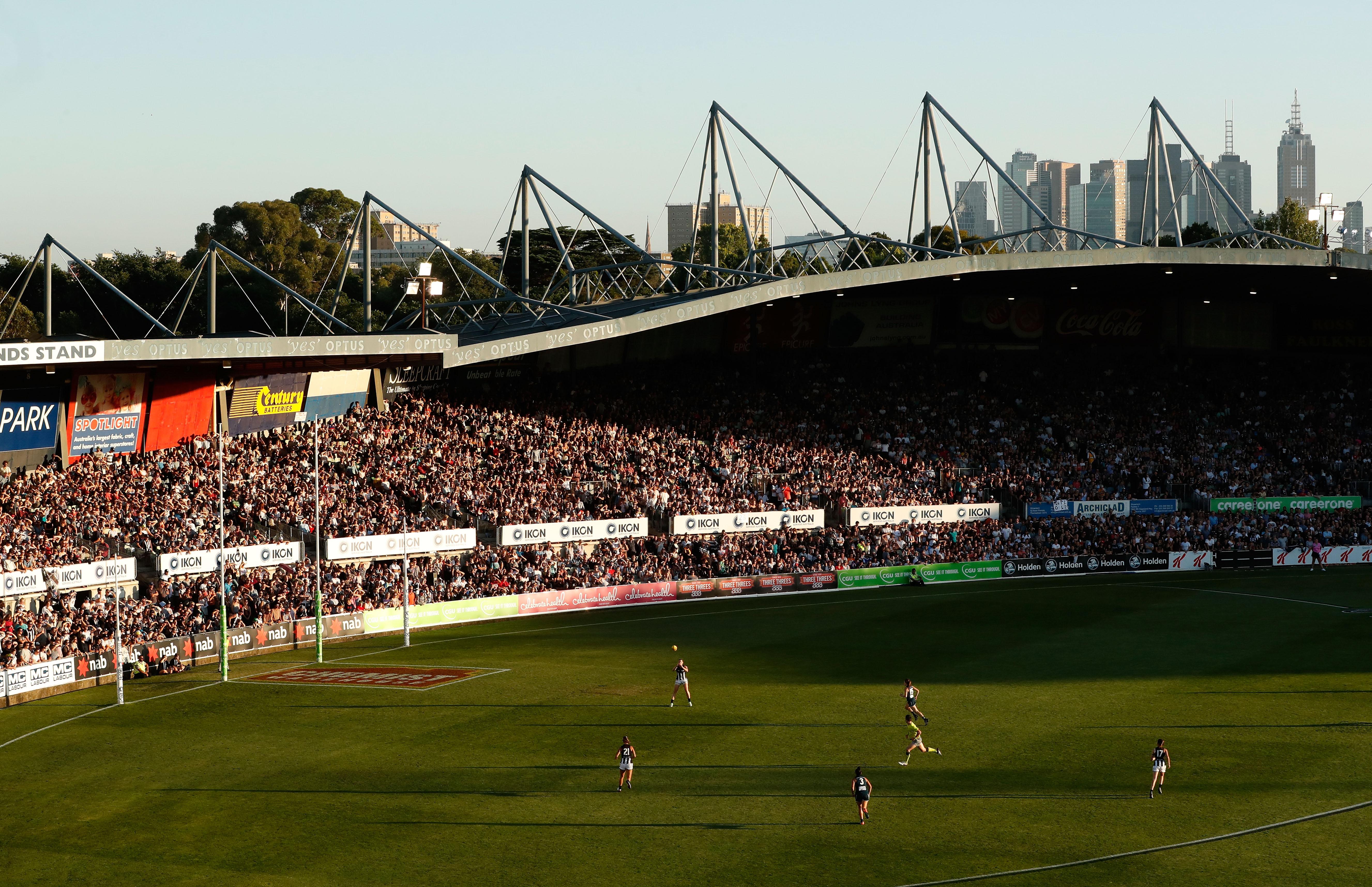 AFLW 2017 Rd 01 - Carlton v Collingwood